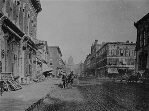 des_moines_east_locust_1885